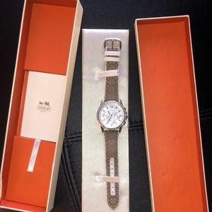 Coach Classic Signature Strap Watch